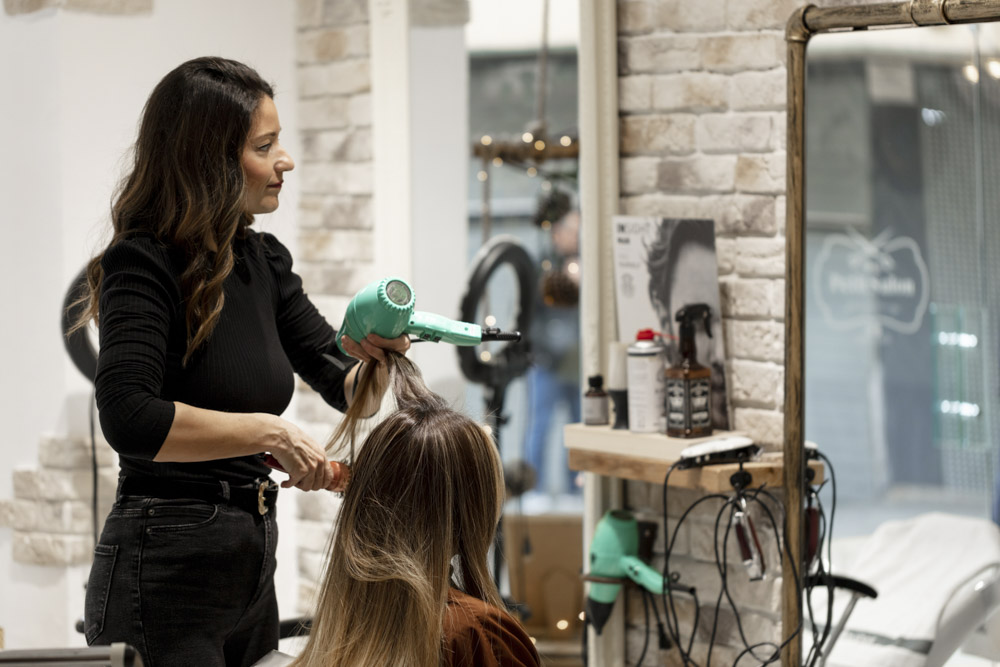 Scenes photos of advertisement in a hair salon