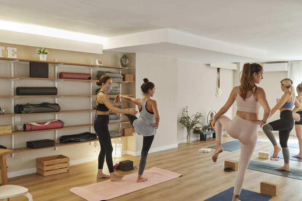 Commercial yoga photos, for Svatma yoga, Lleida, 2020