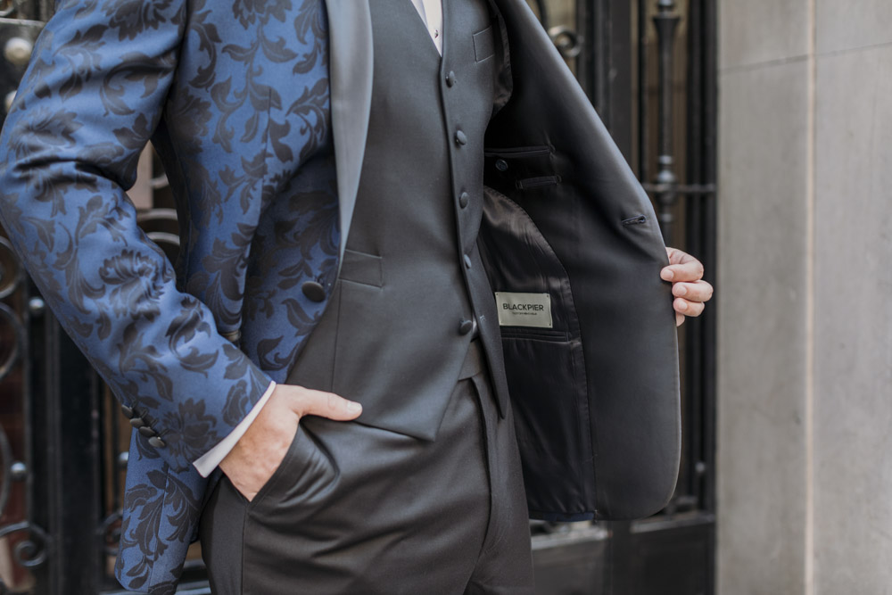 Business man in blackpier suit
